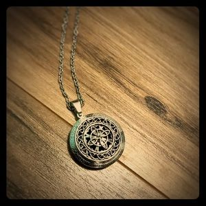 Jewelry - Sterling Silver Diffuser Necklace